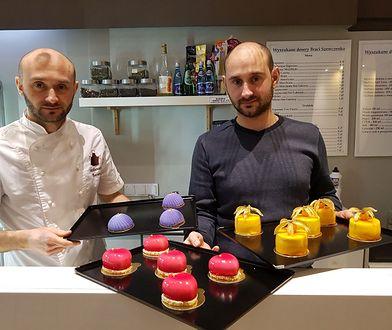 Roman i Sergiej w cukierni Wyszukane Desery Braci Szewczenko