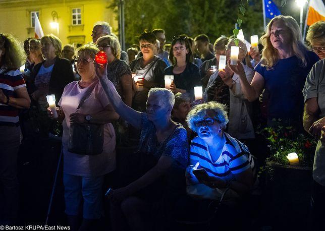 Przed Sądem Najwyższym w Warszawie 24 lipca 2017 roku odbył się protest w obronie wolnych sądów