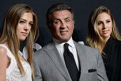 Gwiazdy z rodzinami na pokazie Saint Laurent