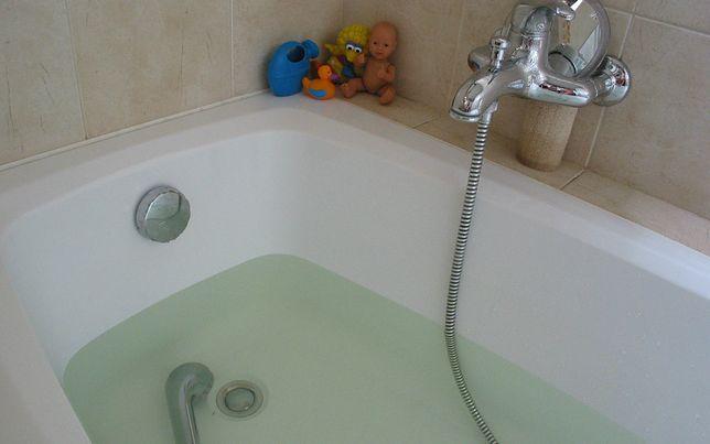 Dziecko przygniecione bojlerem podczas kąpieli