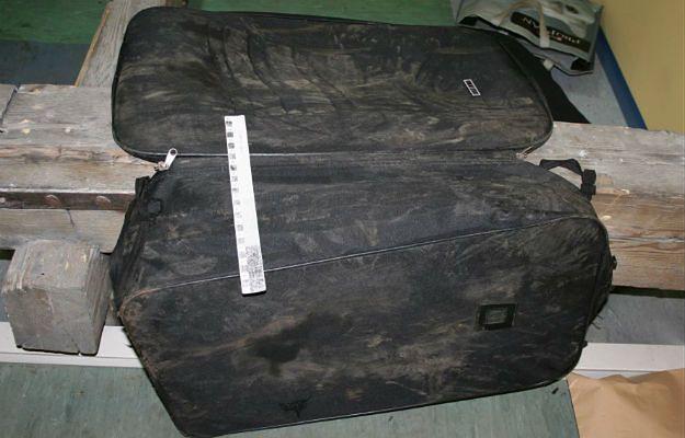 Makabryczne odkrycie - ciało znalezione w walizce. Policja ustaliła tożsamość zmarłego