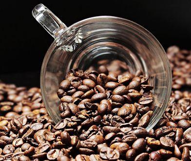 Regularne spożywanie kofeiny wpływa na ludzki mózg. Może zmieniać jego strukturę