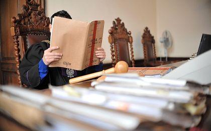 Nowe prawo upadłościowe: trzy lata rzetelnych spłat uwolnią od komornika