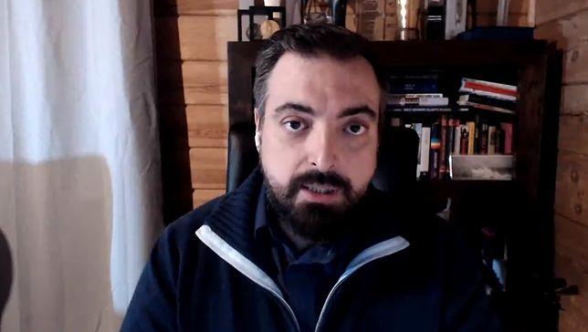 """Tomasz Sekielski zapowiedział datę premiery """"Zabawy w chowanego"""" na 16 maja"""