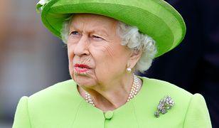 """Królowa Elżbieta II powiedziała """"dość"""". Zatrudniła zespół prawników. To sygnał wysłany w stronę wnuka"""