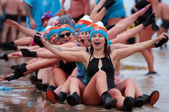 Co roku w trakcie zlotu bierze udział tysiące fanów zimowych kąpieli
