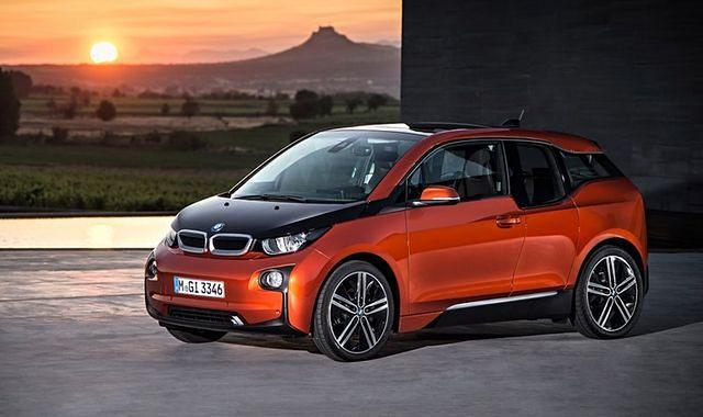 """Dwa modele BMW ze """"Złotymi Kierownicami"""""""