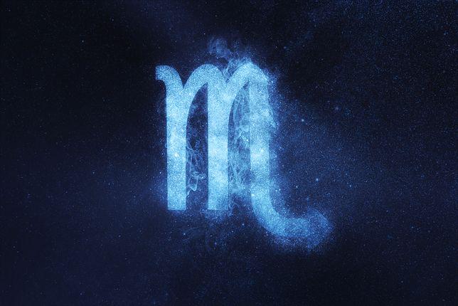 Skorpion. Horoskop zodiakalny na sobotę, 14 września. Sprawdź, czy w miłości, biznesie i zdrowiu dopisze ci szczęście