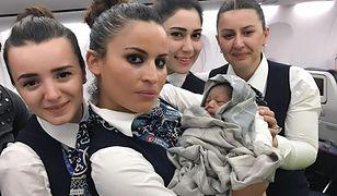 Załoga samolotu odebrała poród na wysokości 42 tys. stóp