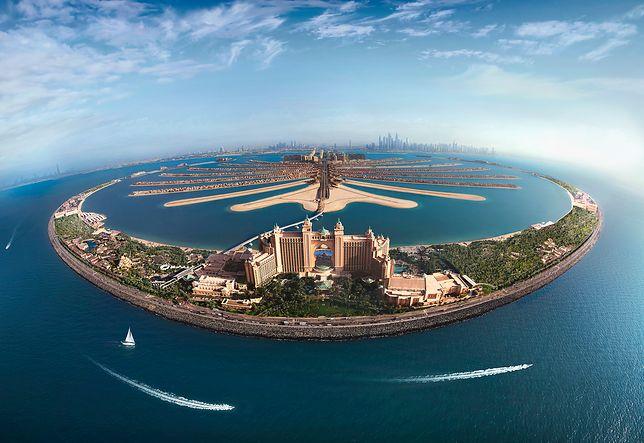 Palm Jumeirah, czyli Wyspy Palmowe w Dubaju, to zespół największych sztucznych wysp na świecie