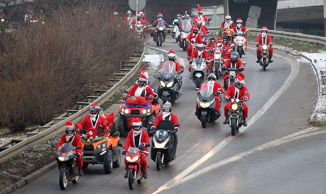 1 500 Mikołajów na motocyklach przejechało przez Trójmiasto