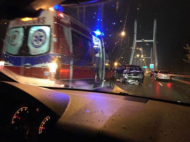 Kolizja 5 aut na Moście Siekierkowskim