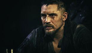"""Przygotujcie się na jeszcze więcej akcji i wybuchów. Tom Hardy powraca z drugim sezonem """"Tabu""""!"""