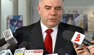 Jacek Sasin tłumaczy, dlaczego pomnik smoleński powstanie na pl. Piłsudskiego