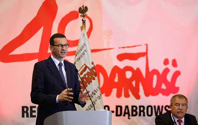 """Premier Mateusz Morawiecki przemawiał na obchodach 40. rocznicy założenia """"Solidarności"""""""