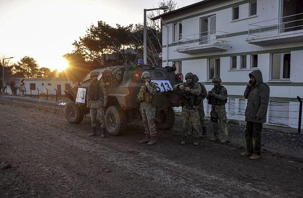Turecki patrol na granicy z Syrią.