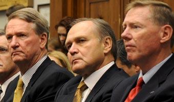 GM, Chrysler i Ford - wielka trójka wciąż w grze