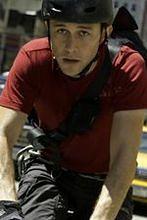 ''Premium Rush'': Joseph Gordon-Levitt pędzi na rowerze [wideo]