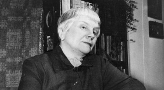 Maria Dąbrowska wraca do Warszawy (SPACER)