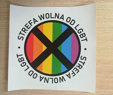 """Izba Adwokacka wszczęła postępowanie ws. adwokatów, którzy wstawili zdjęcia z hasłem """"Strefa wolna od LGBT"""""""
