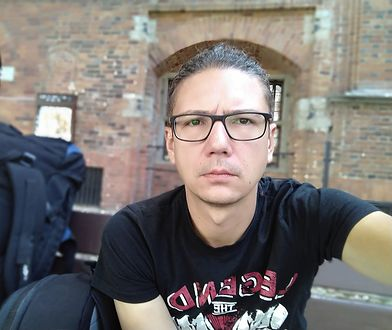 Nauczyciel języka polskiego Paweł Lęcki