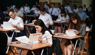 Egzamin ósmoklasisty 2019: Podajemy dokładny harmonogram egzaminów z języka polskiego, matematyki i języka obcego