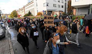 Protest w Warszawie. Podobne manifestacje odbywają się również w innych miejscach w Polsce