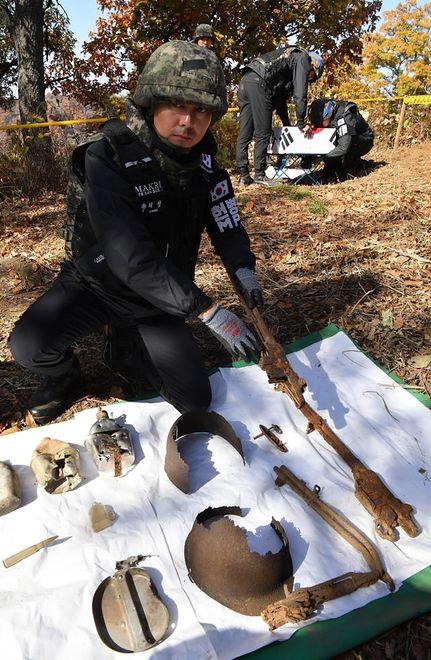 Jednym ze znalezionych żołnierzy był prawdopodobnie starszy sztabowy Pak Je Kwon.