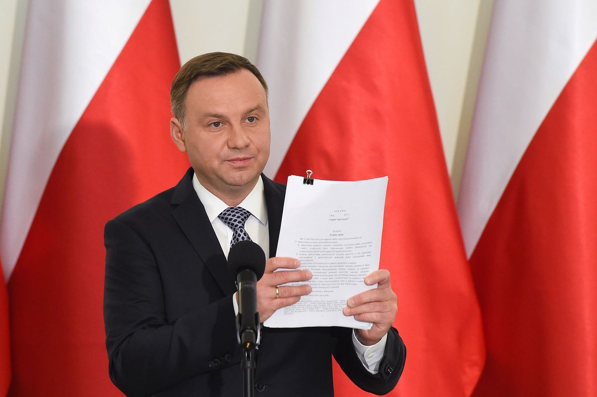 Co zmienił prezydent Andrzej Duda? Jego projekt mocno różni się od pomysłu PiS