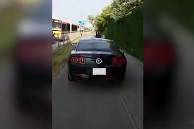 #dziejesiewmoto: Mustang na ścieżce rowerowej, hamowanie siłą mięśni i nowe BMW M5