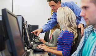 Sztuczna inteligencja zastąpi nauczyciela w internecie