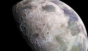 Indie ruszają na Księżyc, by zbadać znajdujący się na nim lód