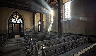 Nieczynny kościół ewangelicki w Stawiszynie