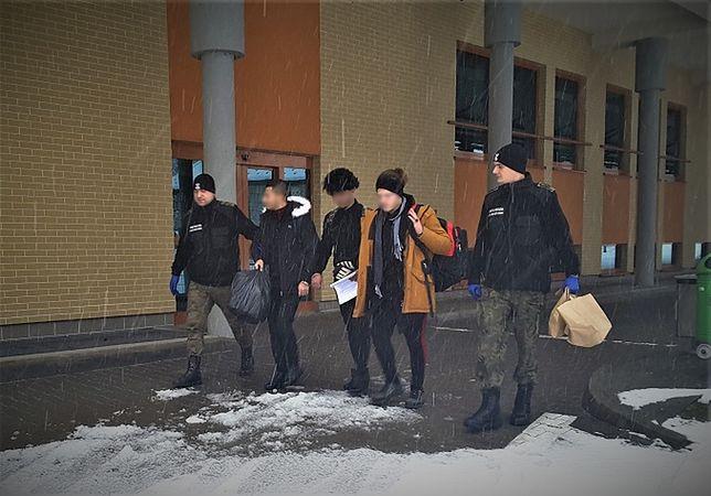 """Nielegalni imigranci z Iraku zatrzymani na polskiej granicy. """"Przerzut był zorganizowany"""""""
