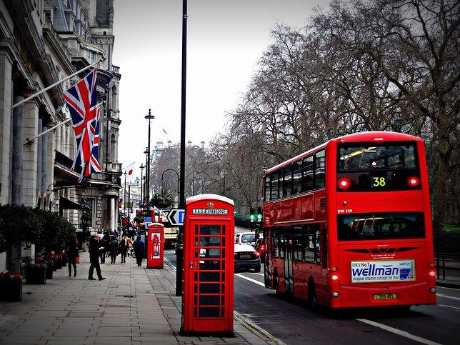 Koronawirus. Planujesz podróż do Anglii? Wielka Brytania skróci kwarantannę