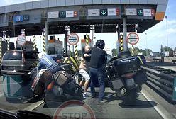 Wrocław. Bójka na bramkach na A4. Czeski kierowca zaatakował motocyklistę!