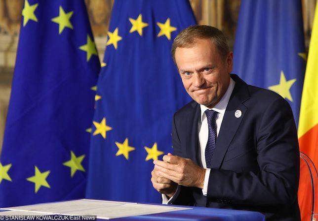 Donald Tusk twierdzi, że Polska powinna przychylić się do propozycji KE