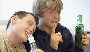 Apel do rodziców: nie rozpijajcie dzieci zbyt wcześnie!