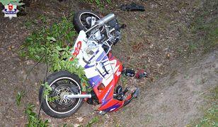 Lubelskie. Motocykl po zderzeniu z łosiem.