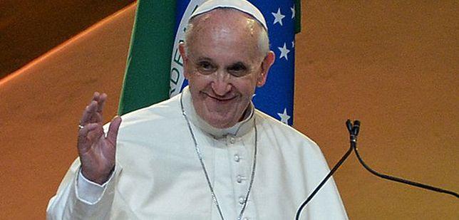 Papież do ludzi pracy: walczmy razem z kultem pieniądza