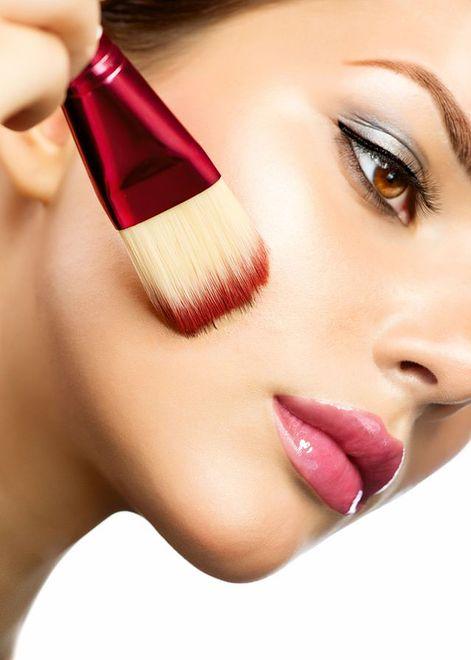 Makijażowe trendy na sylwestra i karnawał
