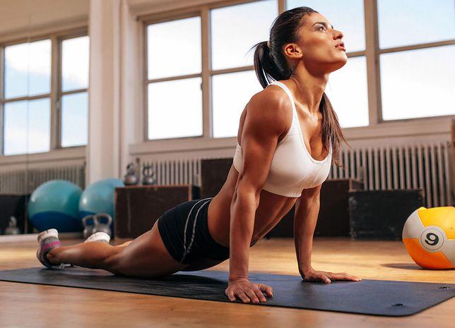 Biustonosz sportowy zapobiega deformacjom piersi