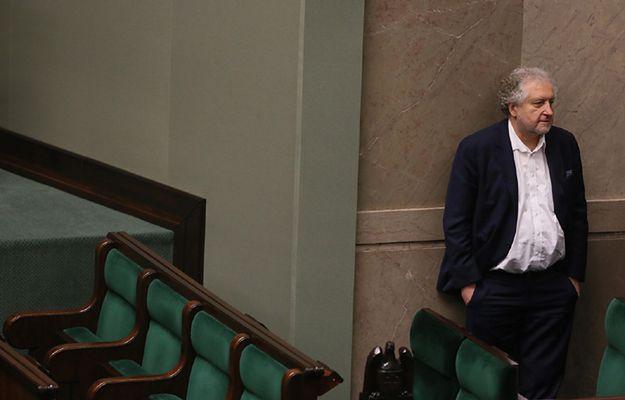 """I prezes SN krytykuje projekt """"naprawczej"""" nowelizacji ustawy o TK"""