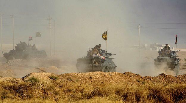 ISIS zabiło w Mosulu prawie 300 mężczyzn i chłopców. Wcześniej użyło ich jako żywe tarcze