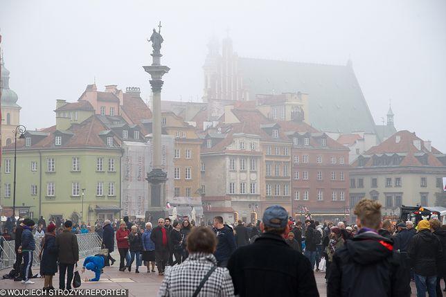 Smog Warszawa - 30 stycznia. Zła jakość powietrza. Sprawdź pomiary w poszczególnych dzielnicach