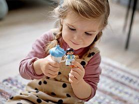 Systematyczność, pewność siebie, empatia… Zabawa klockami LEGO® DUPLO® rozwija w dzieciach wiele pozytywnych cech charakteru