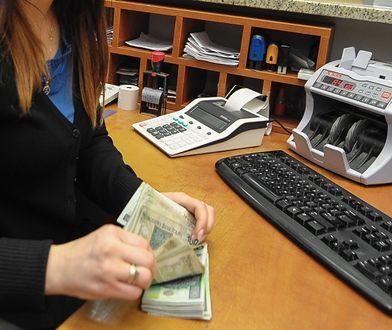 Pracownik banku wykorzystał dane klientki