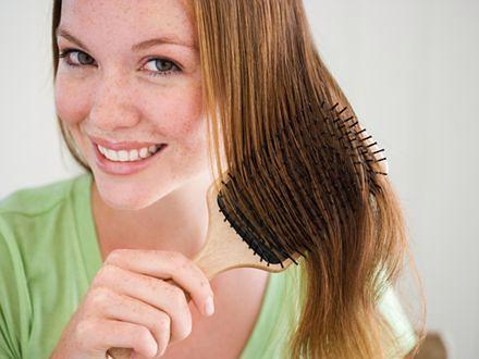 Domowe sposoby na przetłuszczające się włosy!