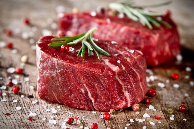 W zależności od zawartości mięsa i tłuszczu wołowina może być przeznaczona do pieczenia, smażenia, grillowania, gotowania lub duszenia. Przepisy z wołowiną