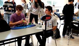 #dziejesiewtechnologii [73]: Rekord Rubika, dron-pszczoła i telefon dla Bonda